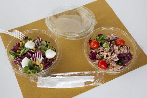 vaschette e posate in plastica